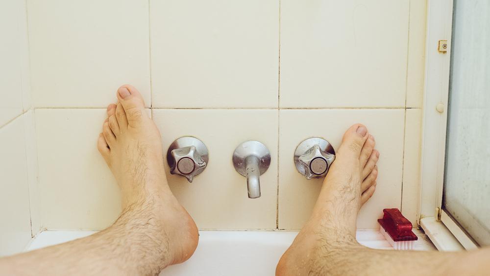 Showerfeet.jpg