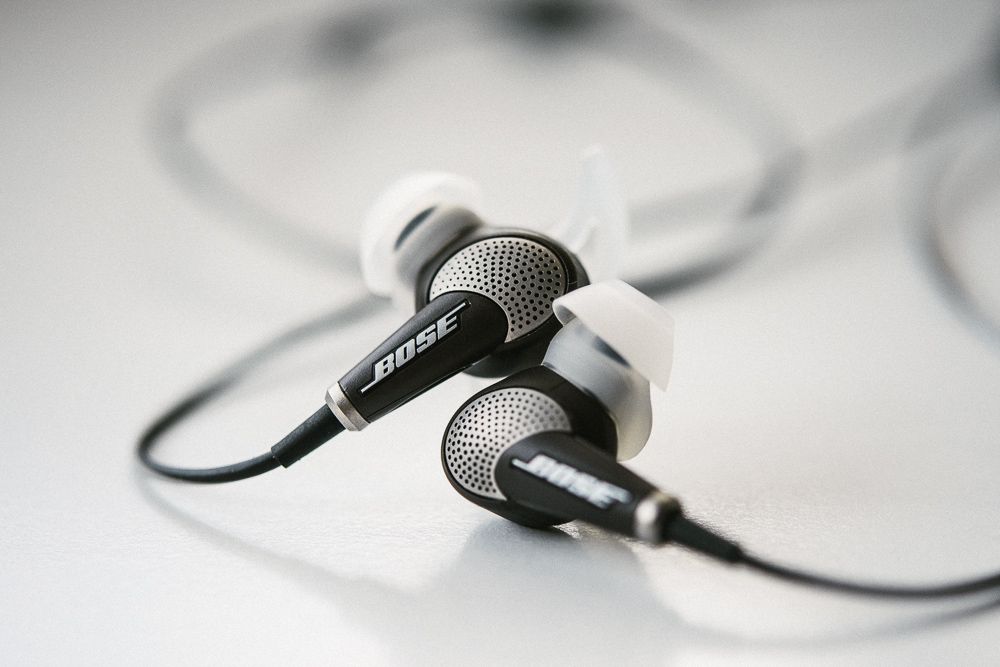 QC20i noise cancelling in-ear headphones