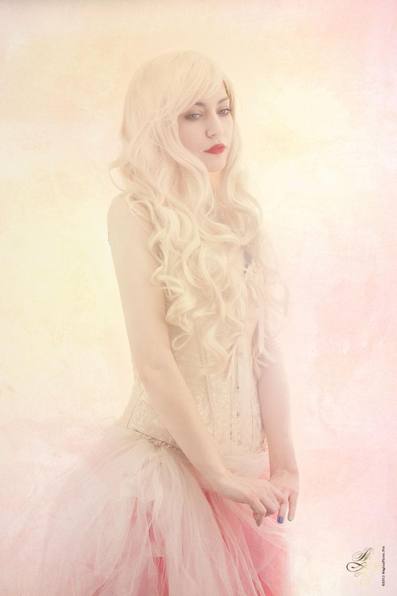 Morden Portrait Photographer Regina Akhankina