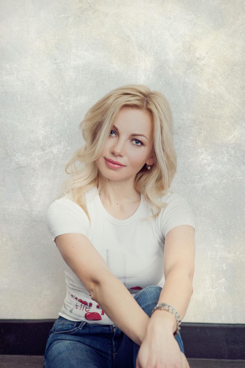 Julia L. #3| Morden Photographer Regina Akhankina
