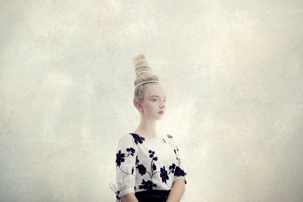 Valentina E. | Morden Photographer Regina Akhankina