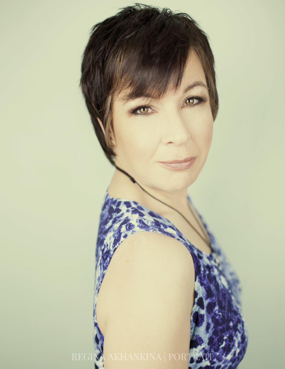 Portrait of Debra Petersen. Regina Akhankina, Morden, Manitoba, 2015