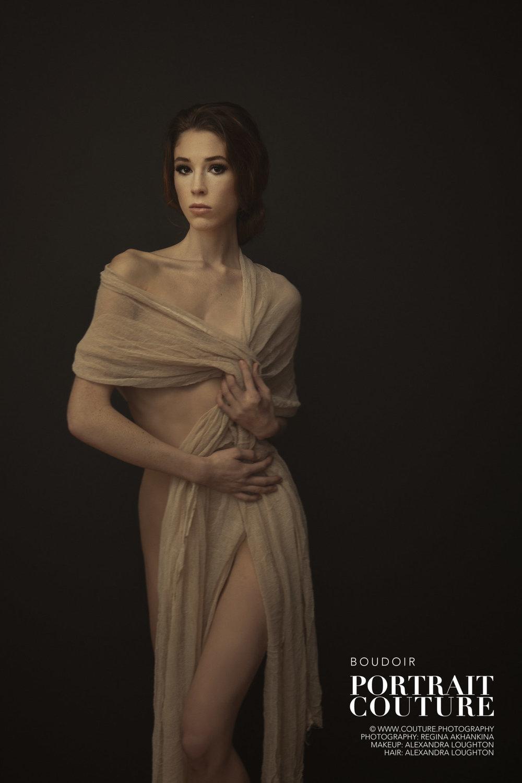 Boudoir-Photographer-Victoria-Portrait-Couture-Boudoir-3.jpg