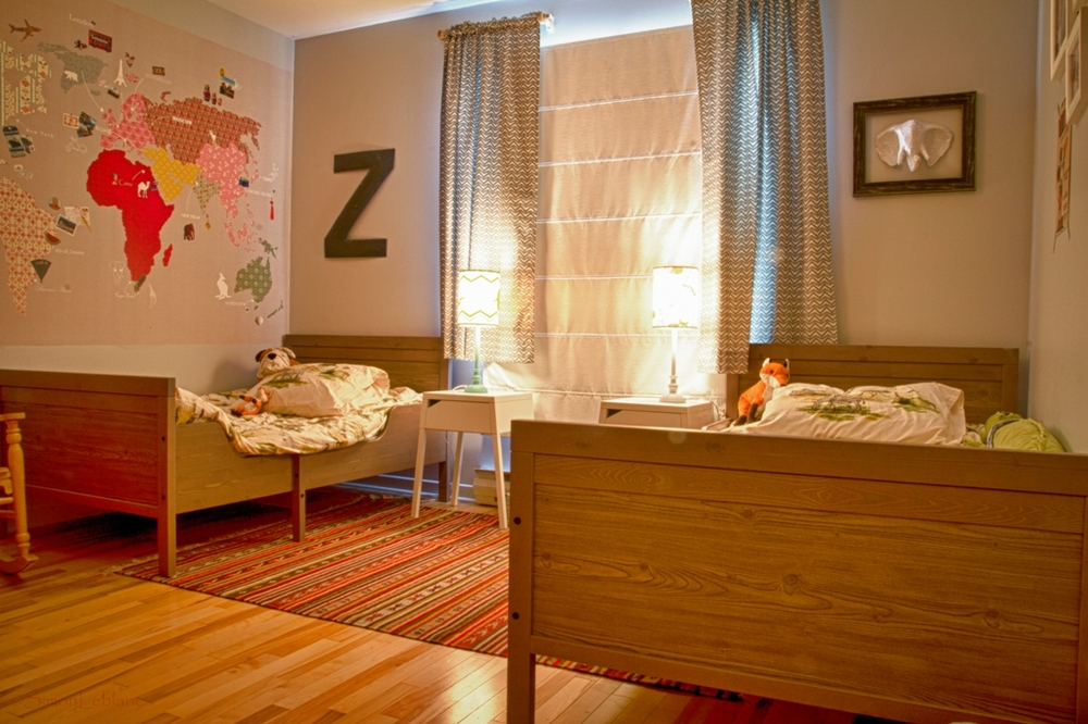 A cozy bedroom for two young boys