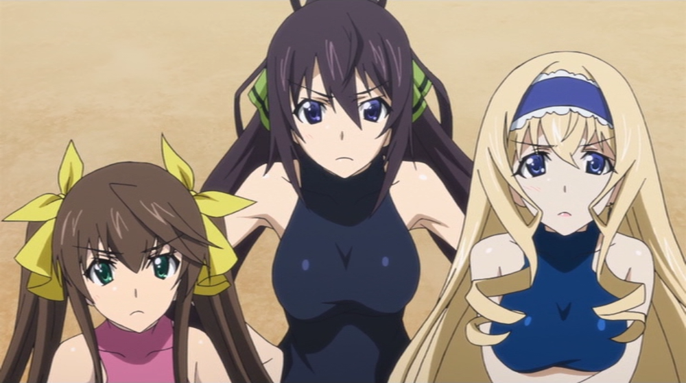 (L-R) Rinin Fan, Houki Shinonono, Cecilia Alcott