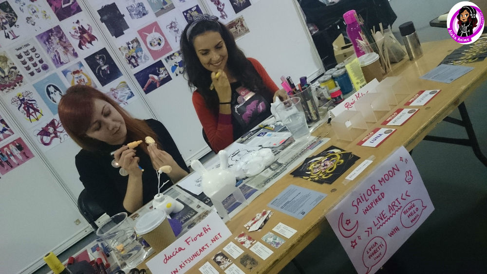 Lucia and Renee at work at Hyper Japan