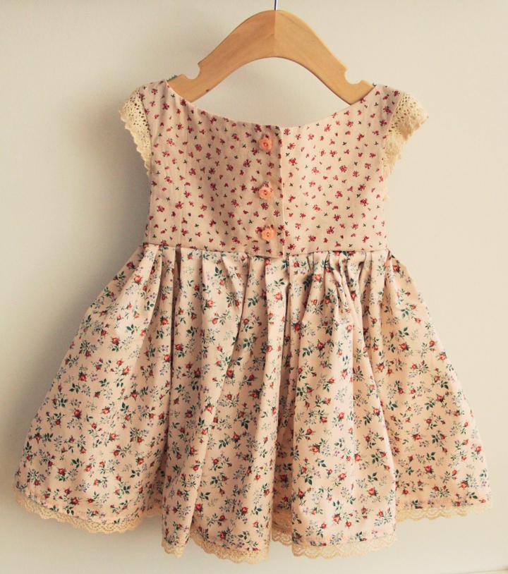 Dress_1_back.jpg