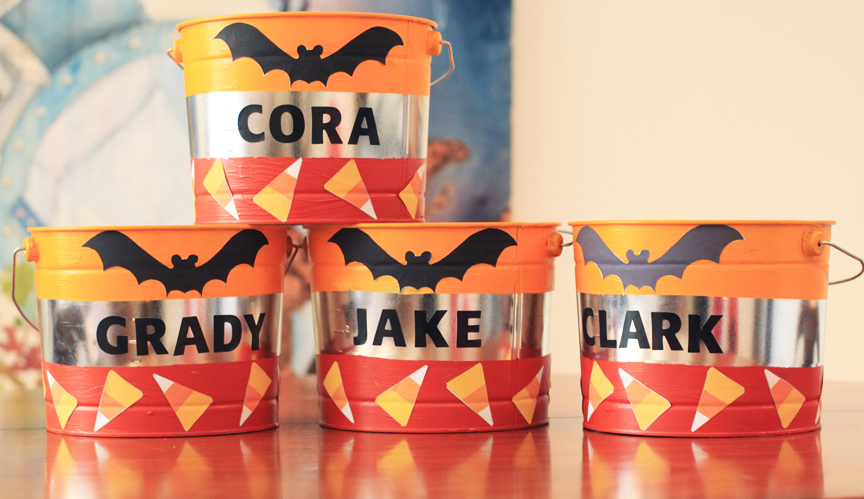 DIY Custom Halloween Buckets for Trick-or-Treating