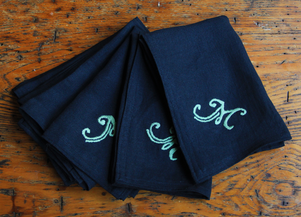 Monogrammed Dinner Napkin Tutorial