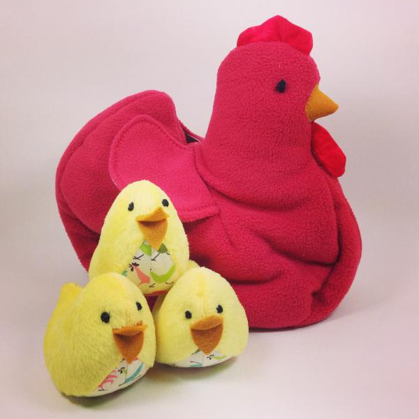 dorothy-stern-handsewn-stuffed-hen