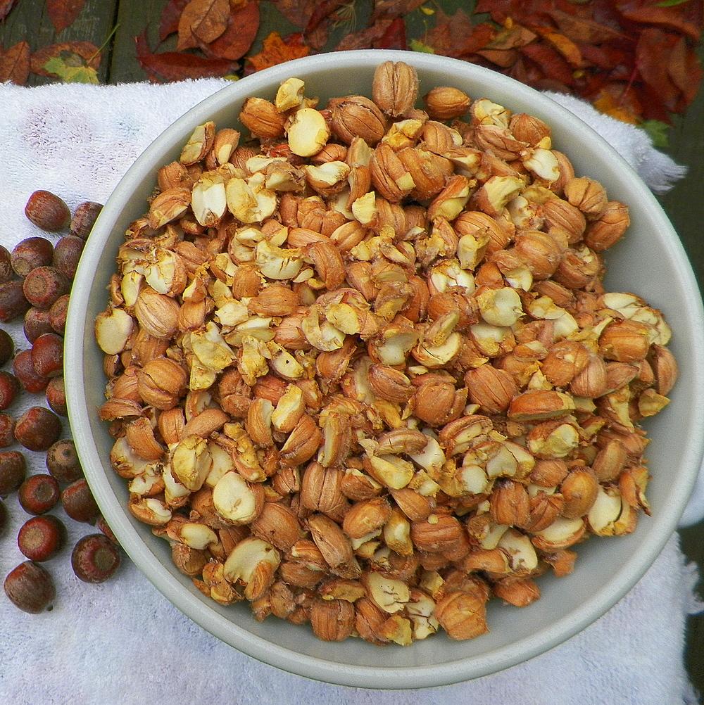 Shelled acorns.