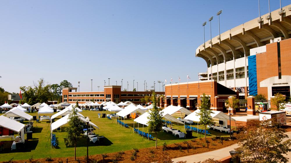 Game Day   Starts Here    Auburn Information