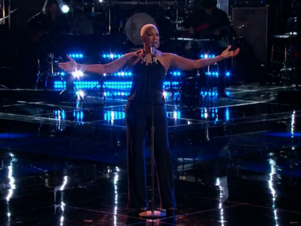 THE VOICE sisaundra slays again