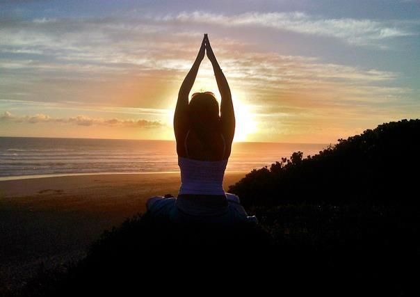 Dani yoga sunset.jpg