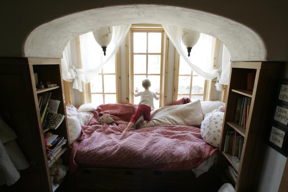 Bedroom Best Bed Placement
