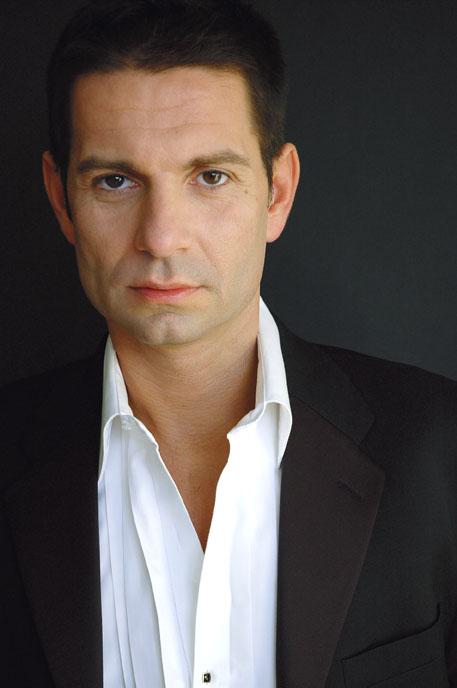 Leporello:  Stefanos Koroneos