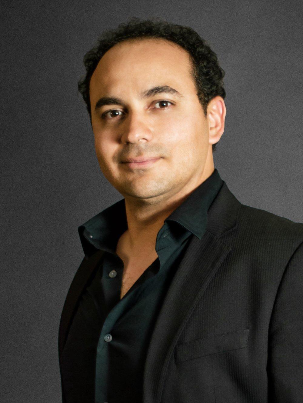 Figaro: Jose Adan Perez