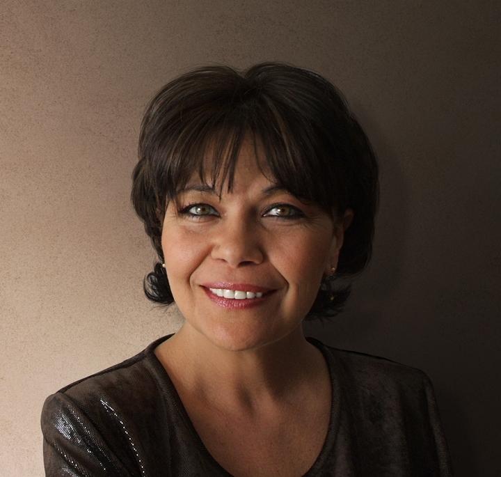 Ensemble: Agueda Fernandez-Abad