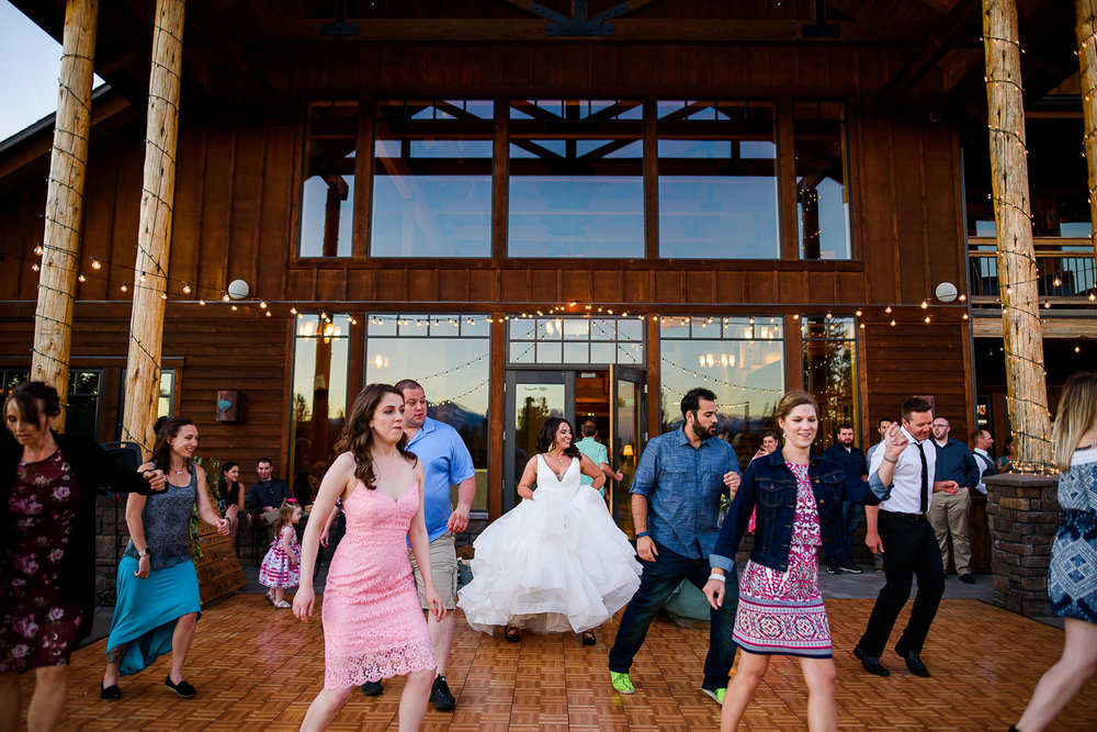Aspen Lakes Lodge Wedding Photos Peter Mahar Photography 101.jpg