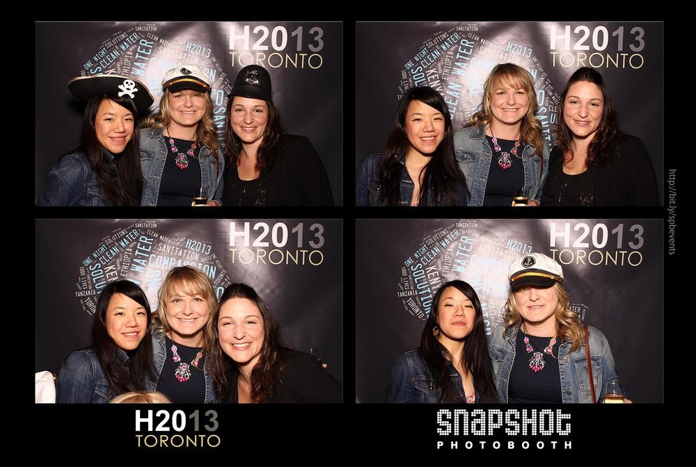 H2013-snapshot-photobooth-toronto-6.jpg