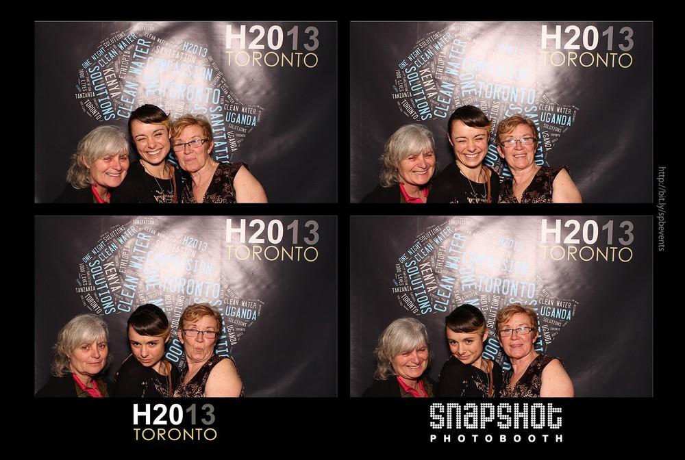 H2013-snapshot-photobooth-toronto-13.jpg