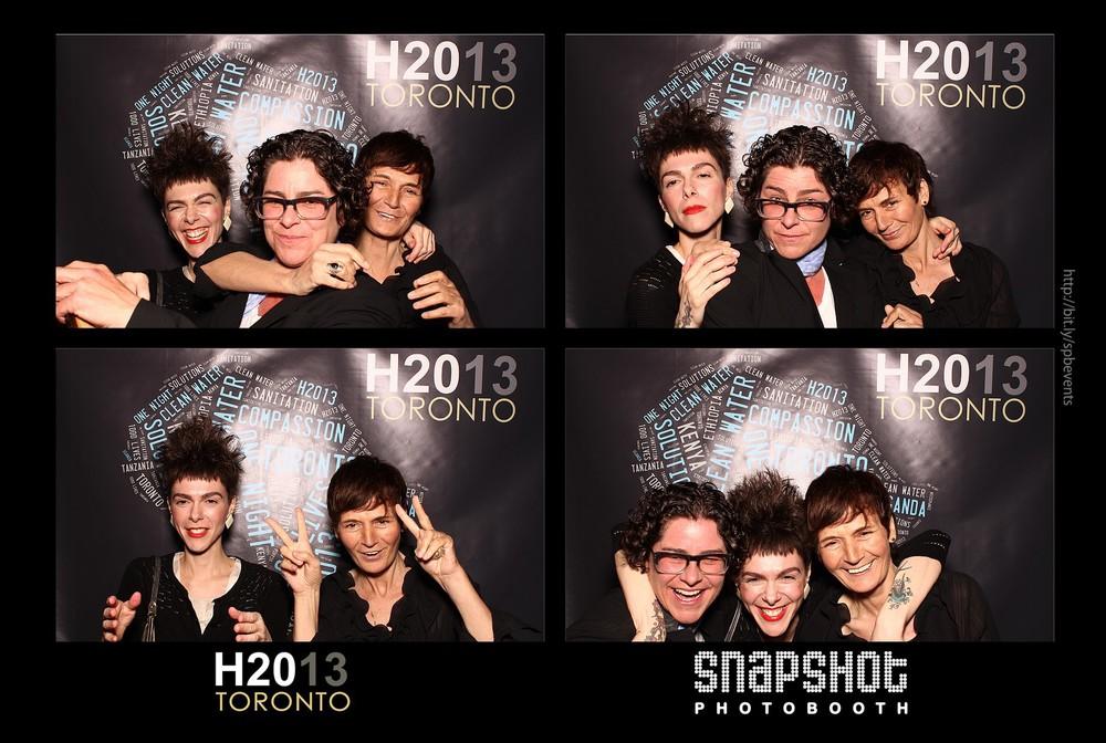 H2013-snapshot-photobooth-toronto-19.jpg