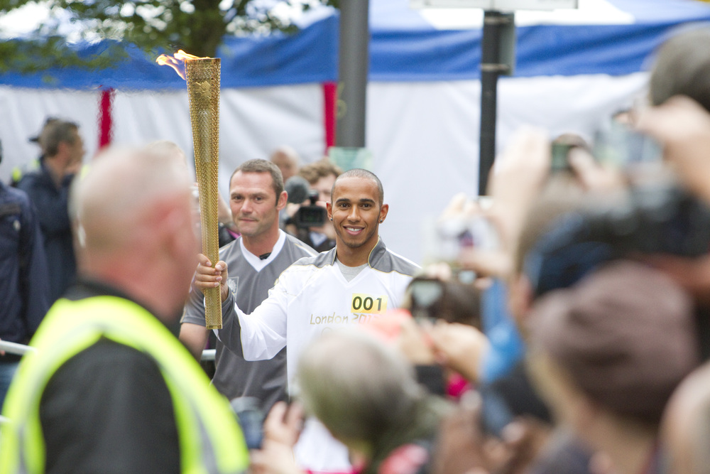 Torch leaving Luton. Click on image for more photos.