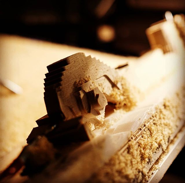 When the going gets roughing... . . . . . #violin #violinmaker #cnc #4axis #roughingit #luthier #whatsonyourbench #mill #head #scroll #cadavarius #process #minecraft