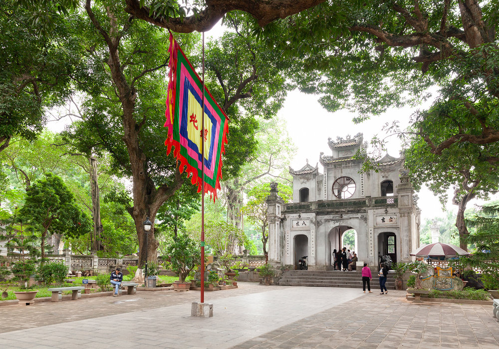 Scenes from Taoist temple Quán Thánh