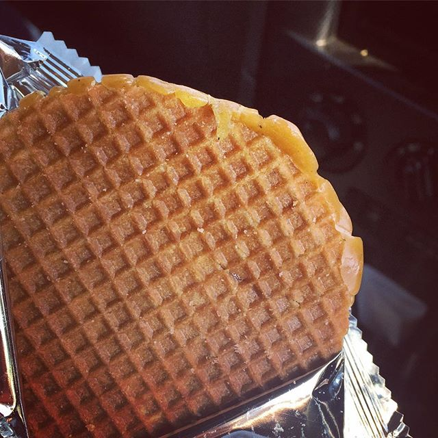 Entrapment!! I won't fall for coke & hookers... but Dutch Stroopwafels 😳 - resistance is futile!