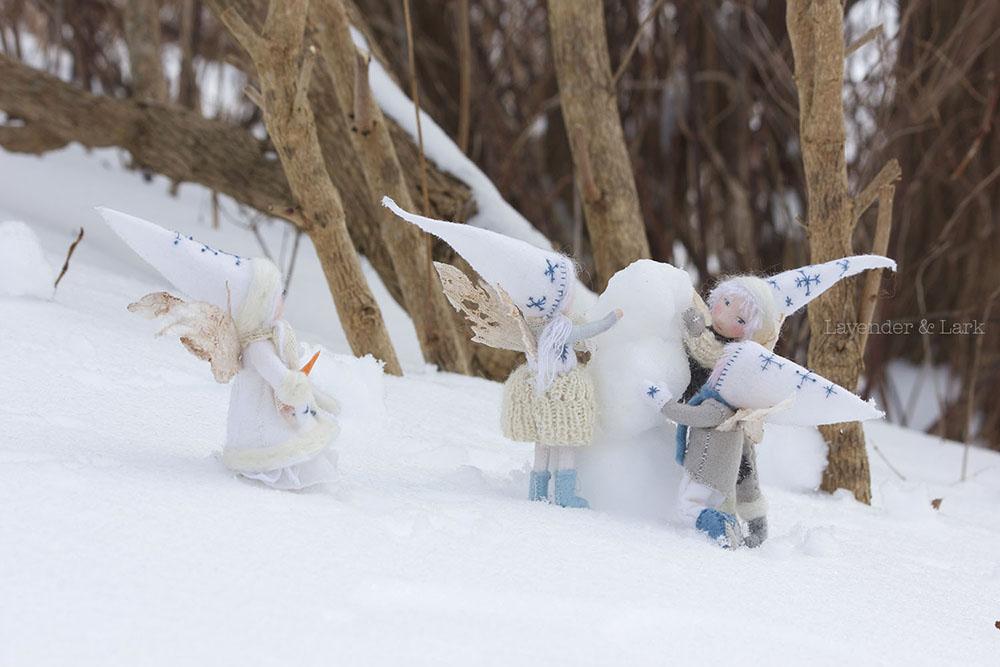 Snowyday4sml.jpg