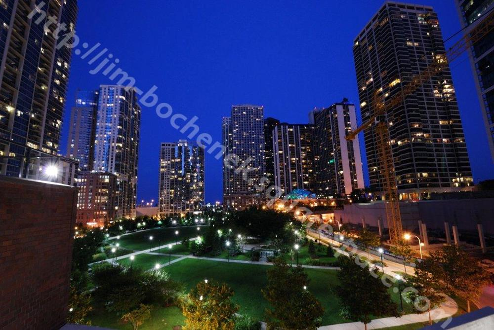 Chicago park (1st one) at night 8-10.jpg