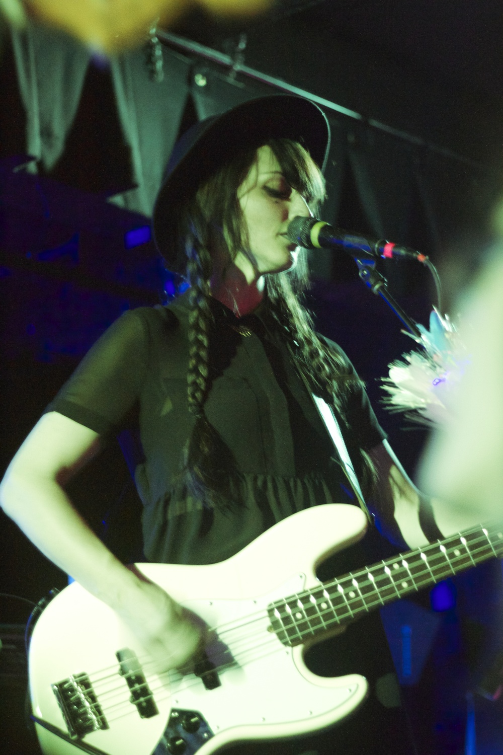 Dum Dum Girls Black Cat DC Brightest Young Things Farrah Skeiky 09.jpg