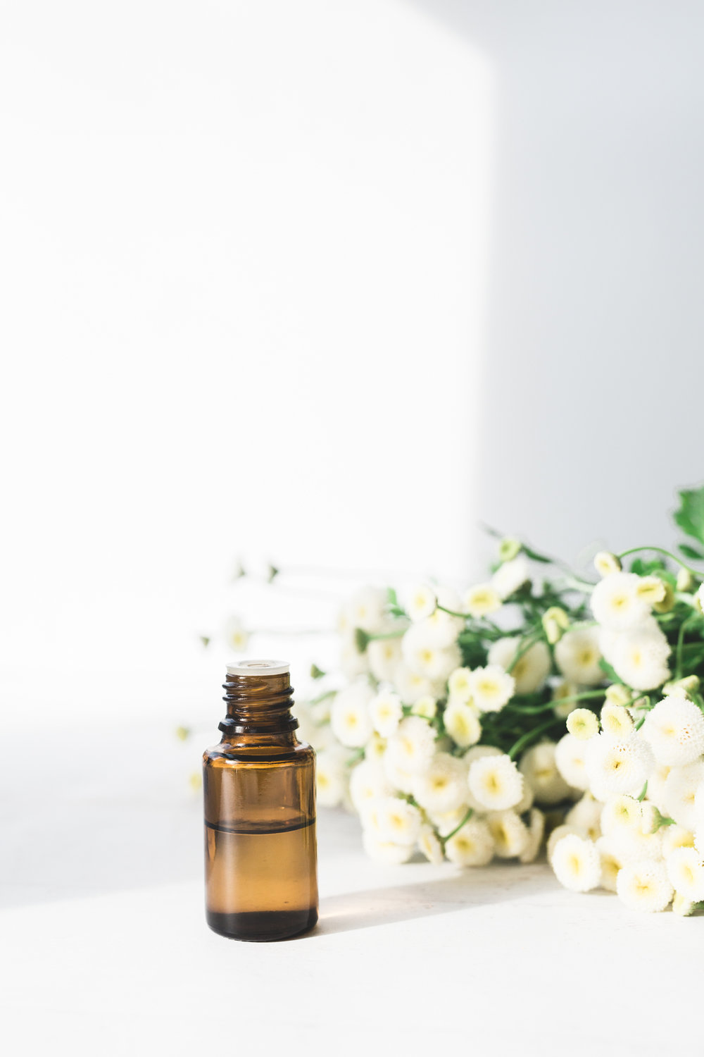 Essential Oils for a Natural Healthy Lifestyle