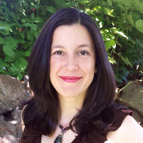 Kara Maria Ananda Women's Wellness Teacher and Mentor