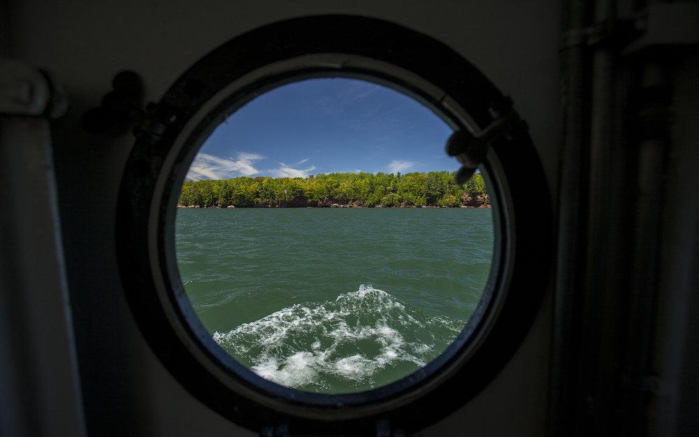 Porthole-Window.jpg