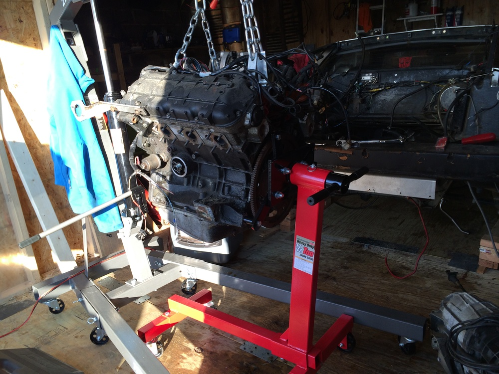 Mounting the Engine on the Stand