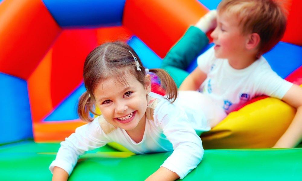 Bubble Bounce amazing bouncy castles