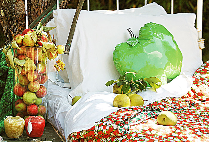 1.apple-pillow-bed-vase-juvenilehalldesign.com-blog.jpg