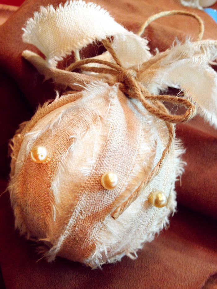 9.two-tone-linen-pearl-ornament-juvenilehalldesign.com-blog2.jpg