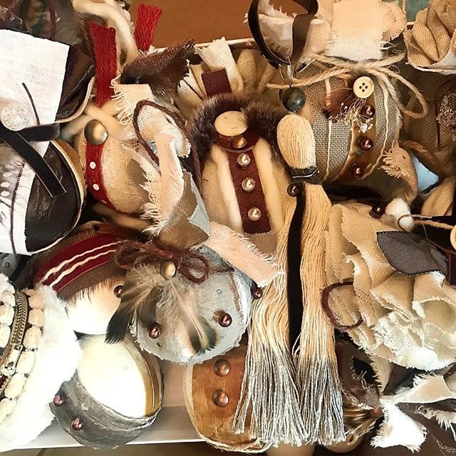 It's ornament madness. Holiday shop doors are opening soon. Email me your email to be notified when my shop opens. Ellen@ellenmattesi.com #ellenmattesi #holidaygifts #ornaments #handmade #christmasgifts #countryholiday #shabbychic #giftideas