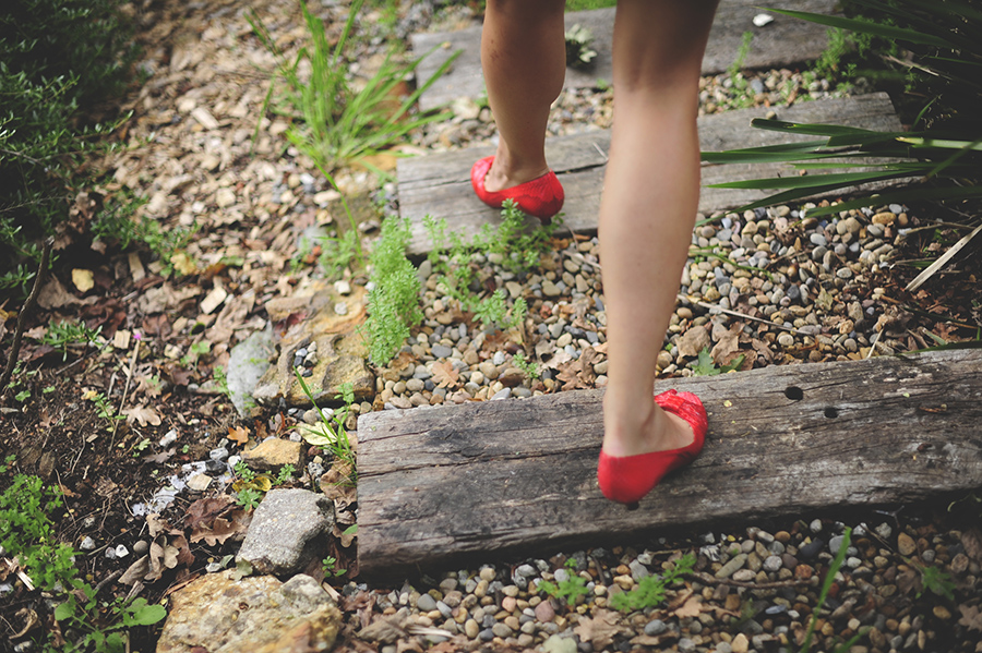 redshoessmall.JPG