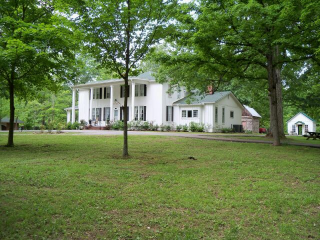 Santa's vacation home in Ridgetop, TN
