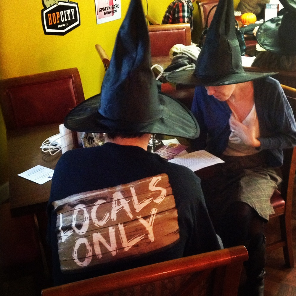 East Passyunk Halloween Crawl Witch Craft Beer