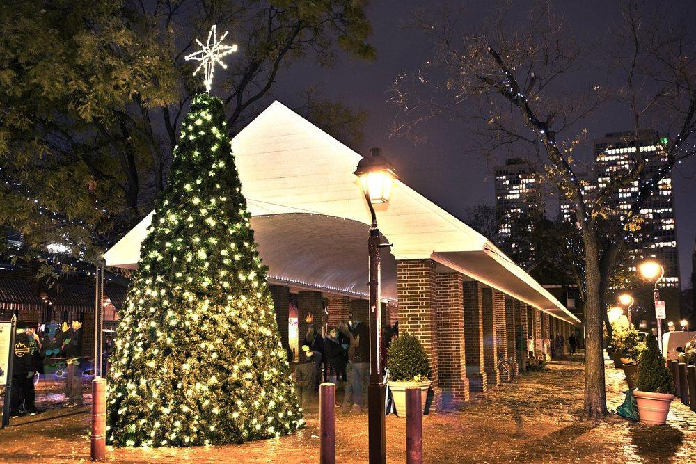 South Street Headhouse District Tree Lighting + Holiday Market Sun Dec 7, 2014