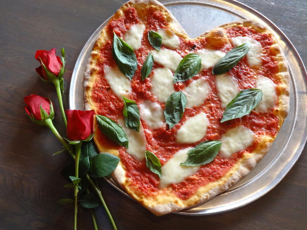 Slice, Valentine's Day, Heart Shaped Pizza, Heart Pizza, South Philadelphia, Aversa pR