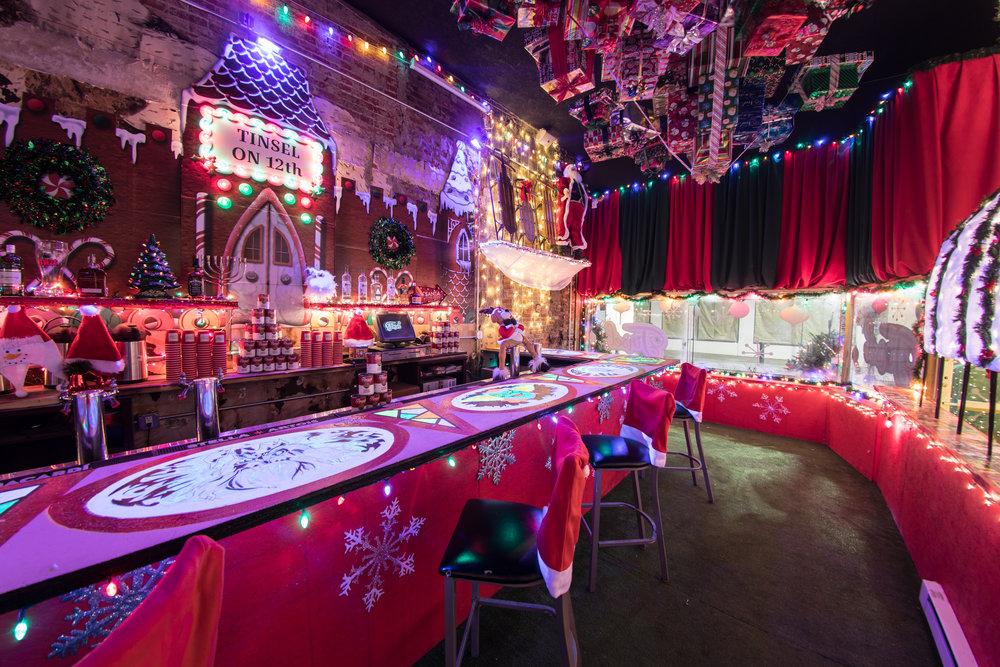 Philadelphia Christmas Bar Tinsel