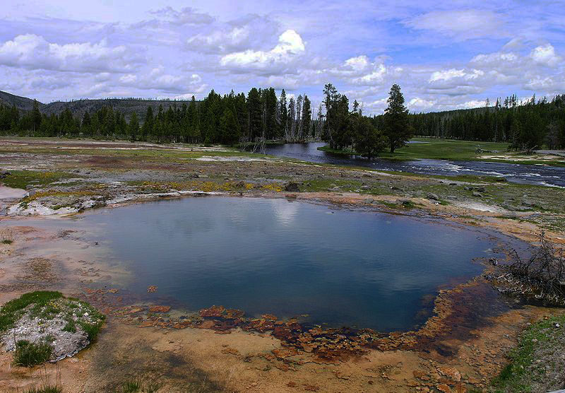YellowstoneNP-USA.JPG