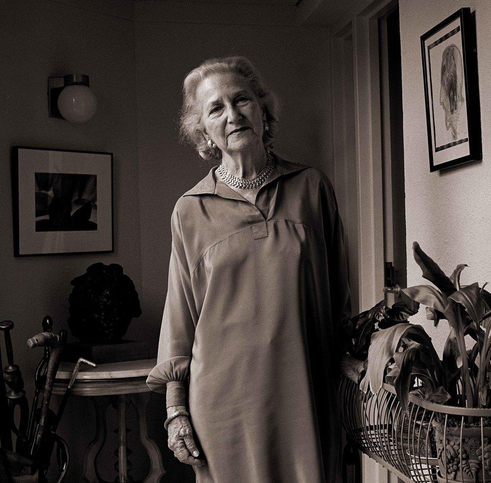 Stella Moore, 1999.jpg