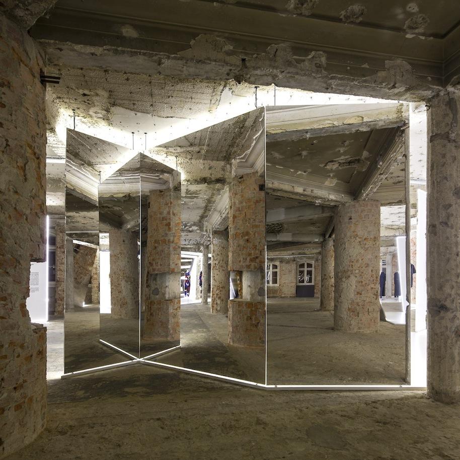 Felipe-Oliveira-Baptista-Exhibition.11.jpg